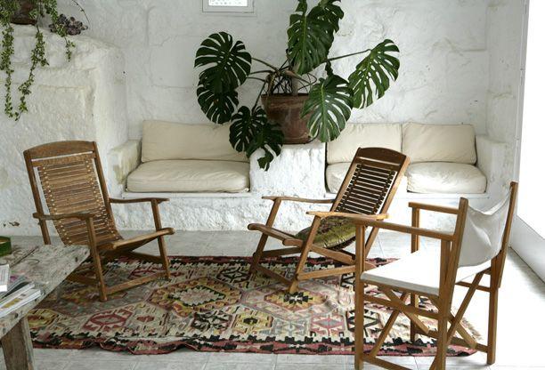 Se det smukke spanske stenhus på Menorca, og bliv inspireret til sydlansk indretning i dit eget hjem.