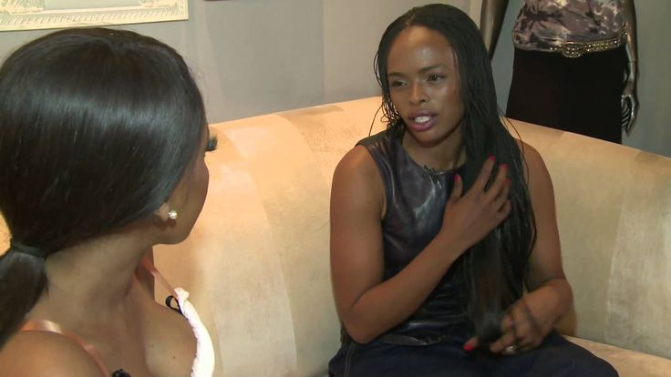 """The Link's Lerato Kganyago caught up with Metro FM's Unathi Msengana at Village View Shopping Centre in Bedfordview to find out more about her latest Glamour Award achievement and what we can expect from her next album. The pair shopped up a storm at """"RUBY IN THE DUST"""" at Village View during the interview."""