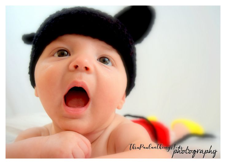 Somebody Loves #MickeyMouse 😊#Photography #Photographer #Disneyland #California #Moms #Babies #PhotoShoot #TPALPhotography