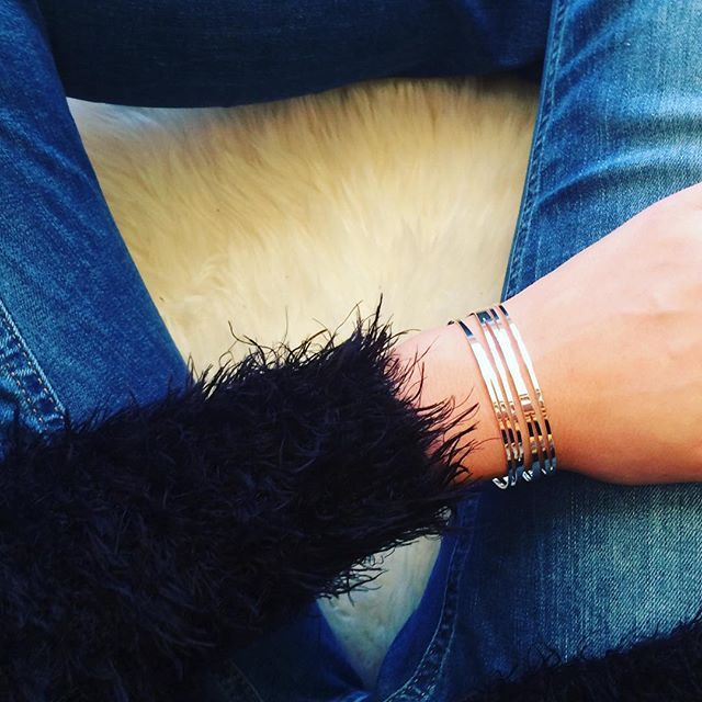 Looking for the perfect X-Mas Gift? Visit our new Website www.siamore.de  #siamorejewelry#jewelry#fashionblogger#christmasgift#goldplatedjewelery#schmuck#bracelets#braceletsoftheday#armreif#girlslovefashion#siamore
