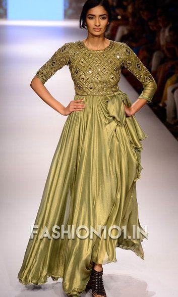 Arpita Mehta Wants Brides to Wear Green, Black & Gold. www.fashion101.in