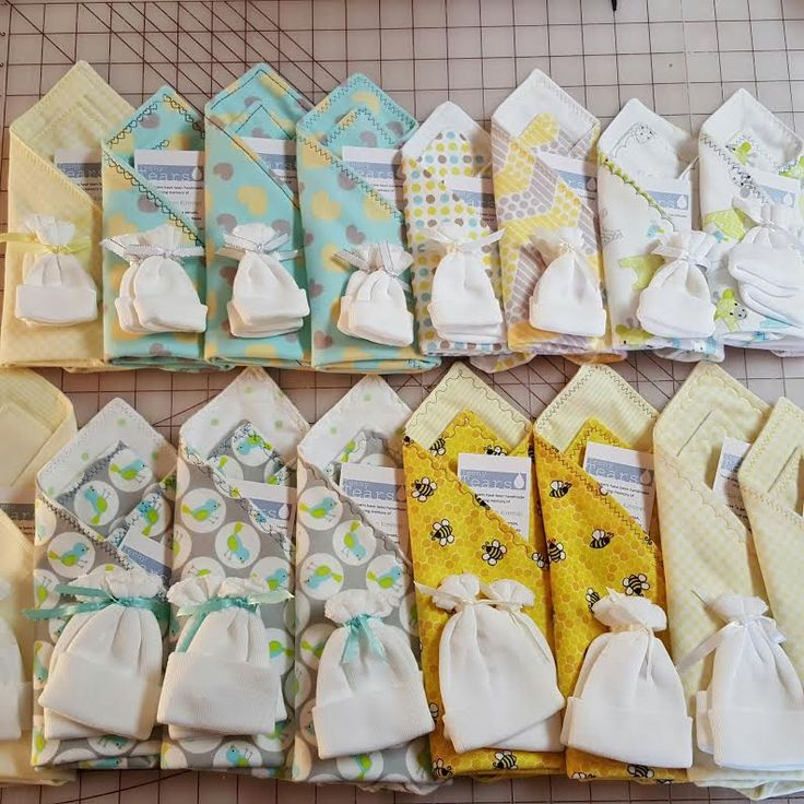 Tiny blankets and hats for babies who pass away. So cute! Teeny Tears: Mini-Blankets and Mini-Quilts