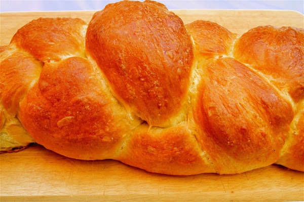 Challah_ Adapted from Peter Reinhart's The Bread Baker's ...