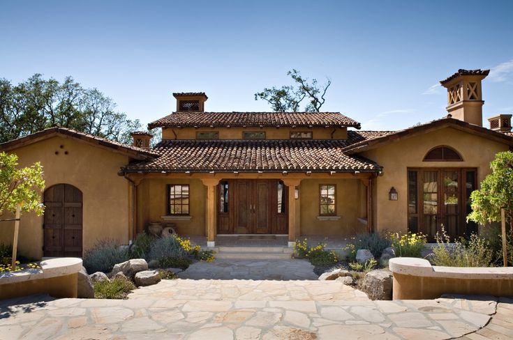 101 best images about spanish style house on pinterest Spanish mediterranean style house plans