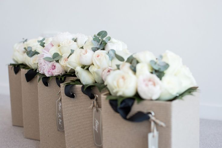 Wedding Flowers from Amelia & Sams wedding as feature on Real Wedding by @easyweddings | G&M DJs | Brisbane Weddings #gmdjs