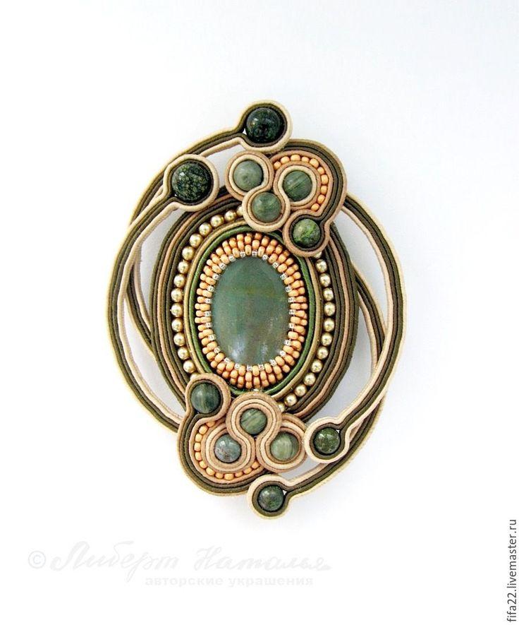 Купить сутажная брошь Грация - комбинированный, брошь ручной работы, авторские украшения, легкое украшение