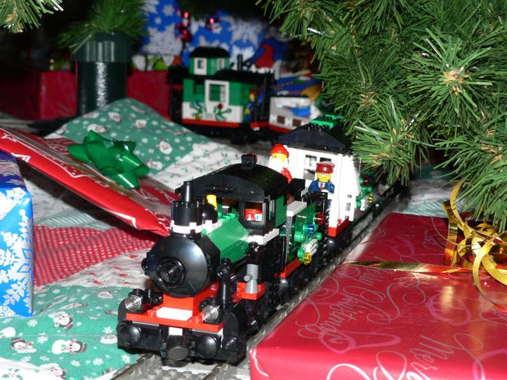 Little Toy Trains - Lego Christmas Train Image