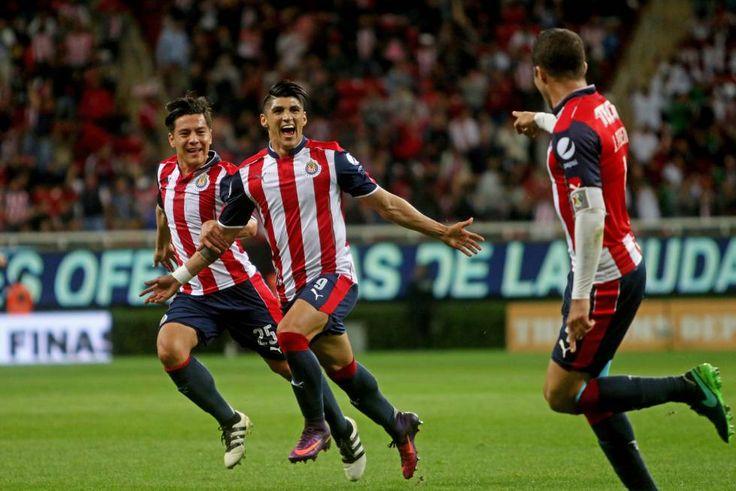 Con goles de Alan Pulido y Ángel Zaldívar, los de Guadalajara se enfrentarán a Monarcas Morelia para definir al campeón