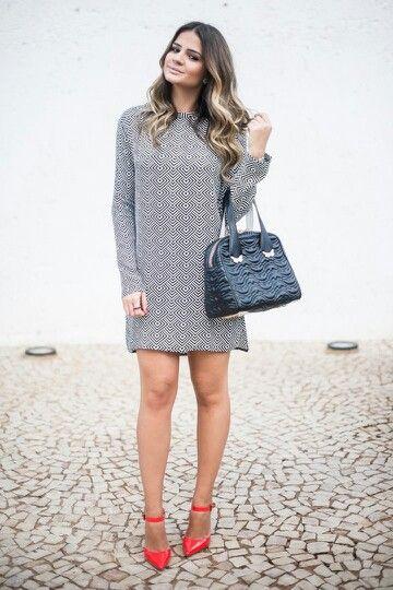 Thassia Naves vestido reto: