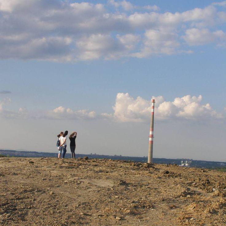 #photoshoot #photo #photography #photos #photoshoots #photoshootingday #photoshooting #surrounding #surroundings #country #landscape #scenery #czechrepublic #sky #thatskyisawsome #touchthesky #cloud #clouds #prettyday #onthehill #smokestack #humannature