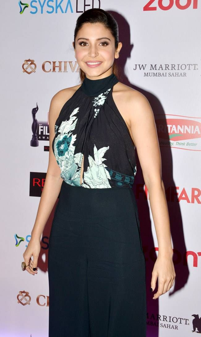Anushka Sharma at #FilmfareAwards Pre-Party. #Bollywood #Fashion #Style #Beauty…