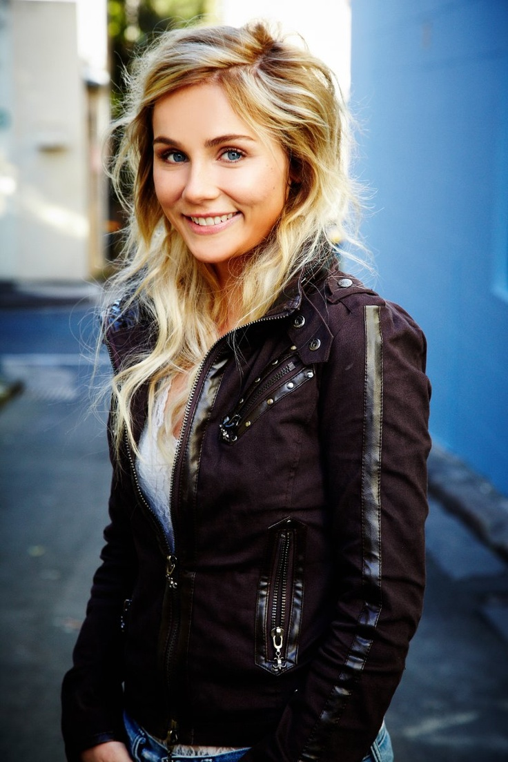 Clare Bowen..she's beautiful and her hair