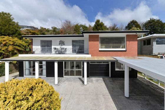 ROTORUA HILLSIDE HAVEN  in Rotorua Township, Rotorua District | Bookabach