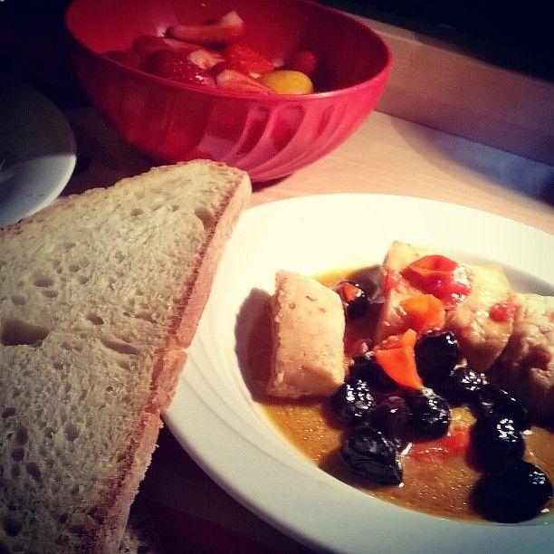 #foodporn #foodcraft #merluzzo #olive #pomodorini #panepugliese #cibopugliese