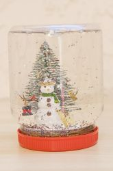 Preschool Christmas Activities: Christmas Snow Globe