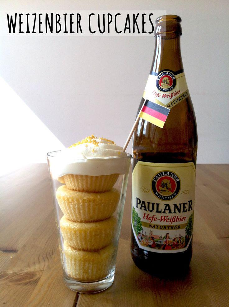 Habt ihr schon einmal Cupcakes oder Muffins mit Bier gebacken?Passend zum Start der Fußball-Weltmeisterschaft in Brasilien, haben wir ein fenomenales Weizenbier-Cupcake Rezept für euch.Sowohl die Frischkäsehaube aka Schaumkrone als auch der Teig werden mit Weizenbier zubereitet. Und wir können euc