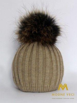 Dámska svetlo-hnedá čiapka s bambuľou z pravej kožušiny 5057/68