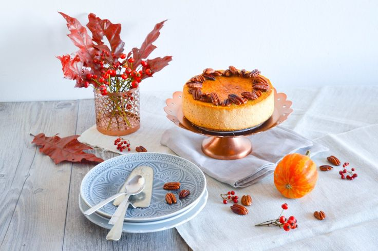 Pumpkin cheesecake with caramel crust and caramelised pecans