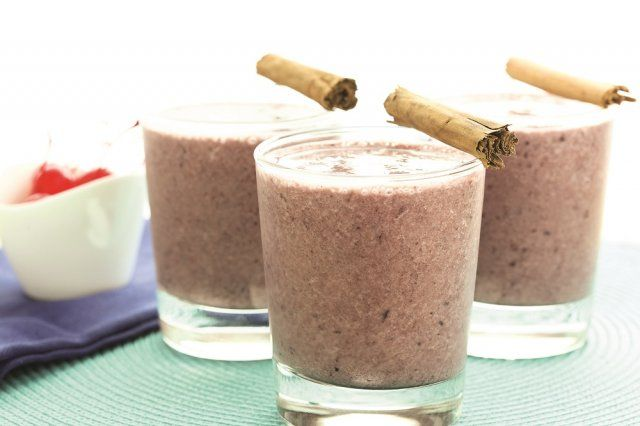 This Cherry Cinnamon Protein Blast recipe is a great way to keep your protein up during your weight loss diet. It tastes great, is healthy and even fits into a vegan diet!