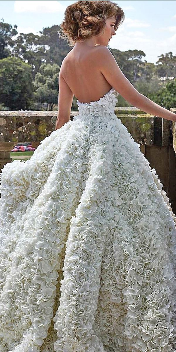 3-d floral wedding dresses 6