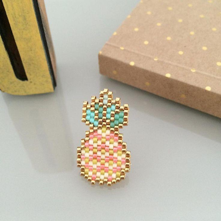 Tisser le modèle d'une nana à ananas ! Modèle @etoiles_pistache rétréci ( merci pour la grille )