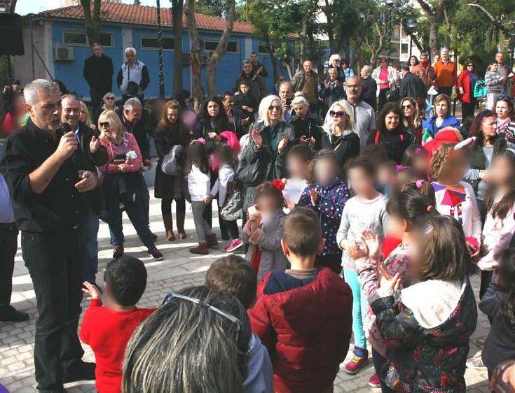 Χριστουγεννιάτικες εκδηλώσεις στην πλατεία Πηγάδας Πειραιά
