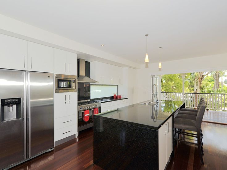 Camp Hill Kitchen Flashback! Hard to believe this one is 6 years old now. #blacknwhite #granitekitchen #brisbanekitchen #brisbanekitchensolutions #camphill #camphillkitchen #blackgalaxygranite #kitchenstorage www.brisbanekitchensolutions.com.au