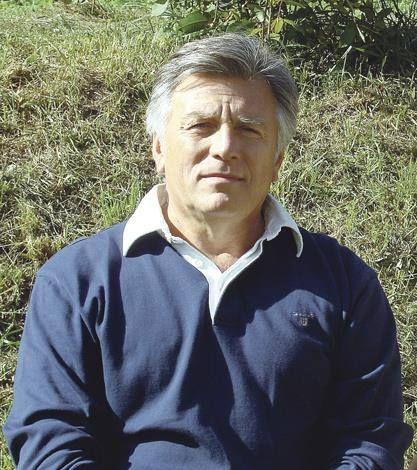 Сирык Константин Николаевич  Генерал-майор СБУ в отставке, бывший заместитель начальник ЦСО «А» и по совместительству агент ФСБ. Он особо и не скрывал своих связей с ФСБ. За время своего руководства «Альфой», во время правления режима Януковича, провел успешную ротацию руководящих кадров ЦСО, заменив их офицерами, которые тем или иным способом связаны с ФСБ Р