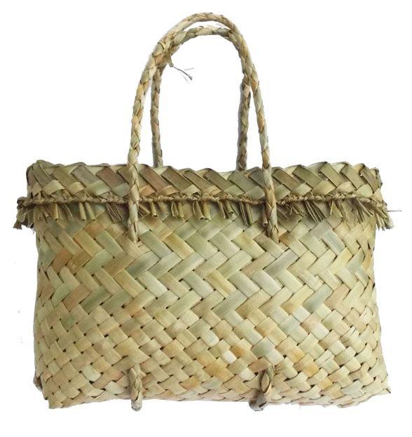 NZ+Maori+Flax+Basket http://www.shopenzed.com/nz-maori-flax-basket-xidp1363168.html