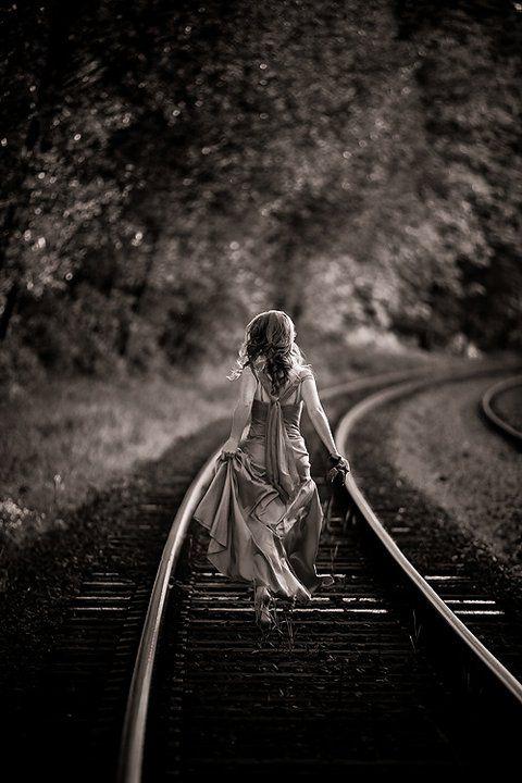 like this train tracks pic - great comp