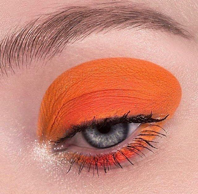 Vitamin See via @the_pony_club_antwerp #mua #makeup #makeupartist #closeup #forangeeyeshadow #eyeconic #eyesonpoint #beautyinspo #makeupgoals #makeupinspo #eyecandy #eyeshadow #makeupinspo via TUSH MAGAZINE OFFICIAL INSTAGRAM - Celebrity Fashion Haute Couture Advertising Culture Beauty Editorial Photography Magazine Covers Supermodels Runway Models