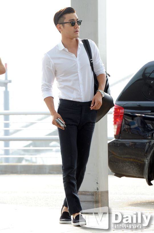 Siwon *swoon* this man knows how to dress, shisus!ㅋㅋ