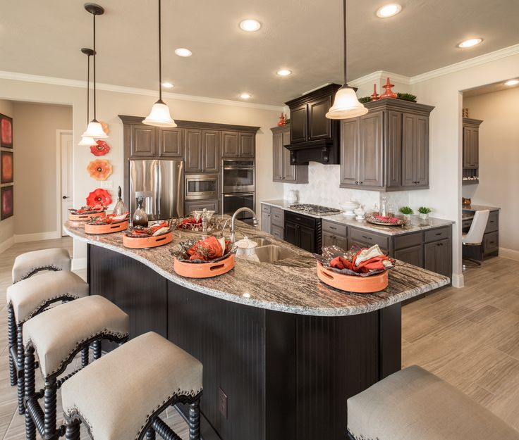 Large Kitchen With Office Hide Away | Aliana Living Views   Plan M844