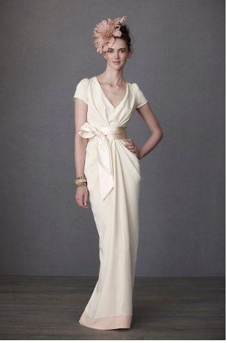 Modern kimono. Cream dress with sash, so beautiful.