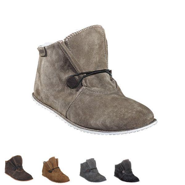 Sheepskinn slippers designed for #shepherd Fårskinnstofflor #oddbirds Smilla