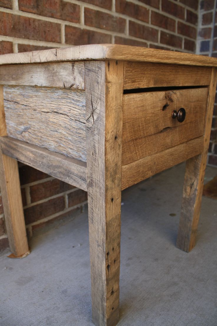 Rustic Wood Side Table ~ Rustic night stand plans woodworking projects