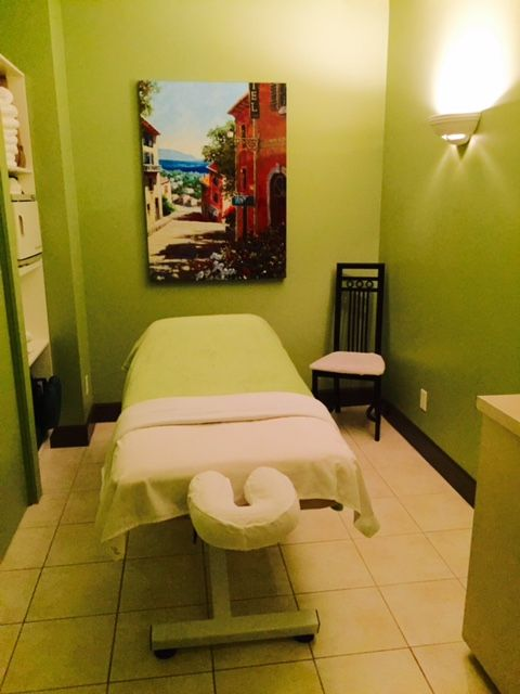 Come #relax in our #serene #treatmentrooms #massage #massagetherapy Georgia West Therapeutics 103A-1111 West Georgia St Vancouver BC georgiawesttherap... 604-336-1396