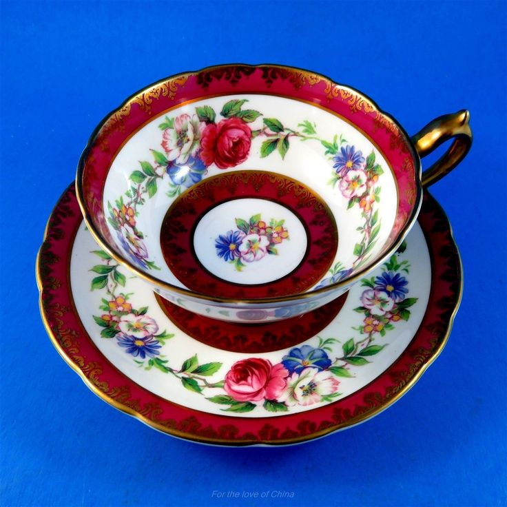 Deep Red Border with Colorful Rose & Floral Garland Paragon Tea Cup and Saucer FOR SALE • CAD $295.00 • See Photos! Deep Red Border with Colorful Rose & Floral Garland Paragon Tea Cup and Saucer This delightful cup and saucer set is in very good condition, free of chips, cracks or 302437826957
