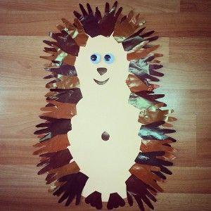 handprint hedgehog craft (2)