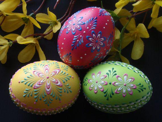 Easter Eggs, Set of 3 Traditional Polish Eggs, Wax Embossed Chicken Eggs, Easter Decoration, Polish Pisanki