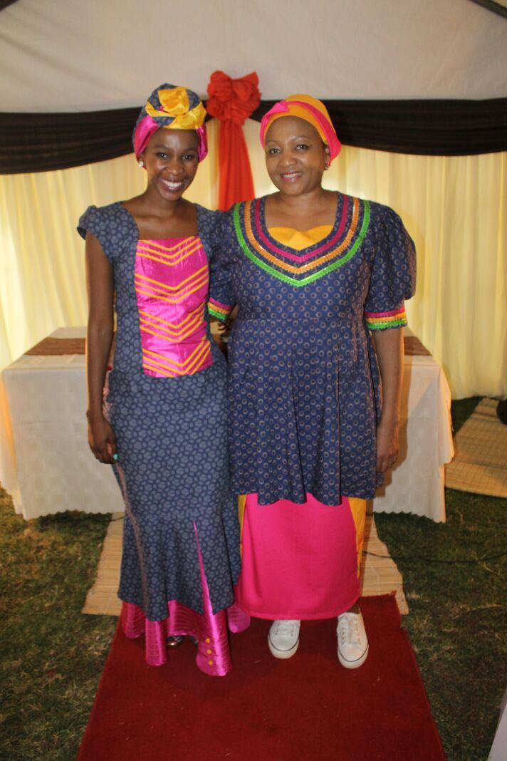 Makoti with her gorgeous mother, wearing sesotho tradional attire with a dash of sepedi's lovely colours.