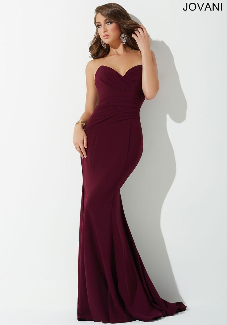 Stunning strapless form fitting dress features a sweetheart neckline