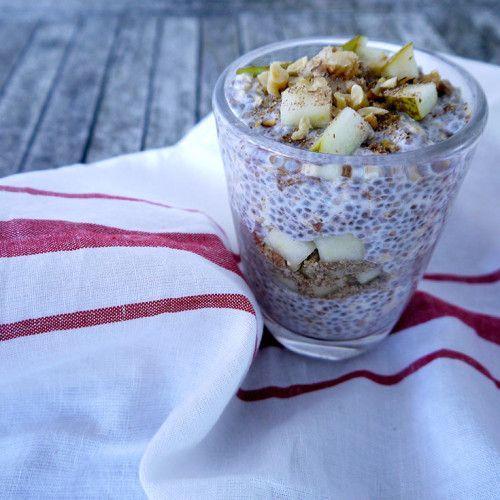 JenniferMoore-Pear-Bircher-Muesli-for-breakfast