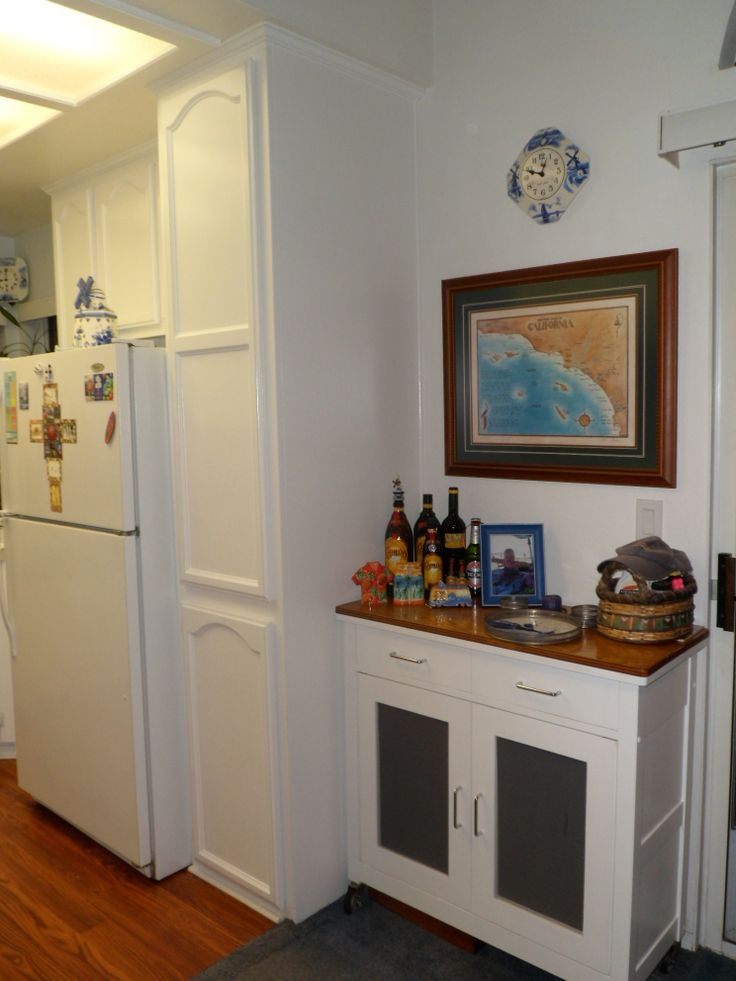 RIGHT SIDE OF MY NEWLY DONE KITCHEN IN MY CONDO. BRIGHT ...