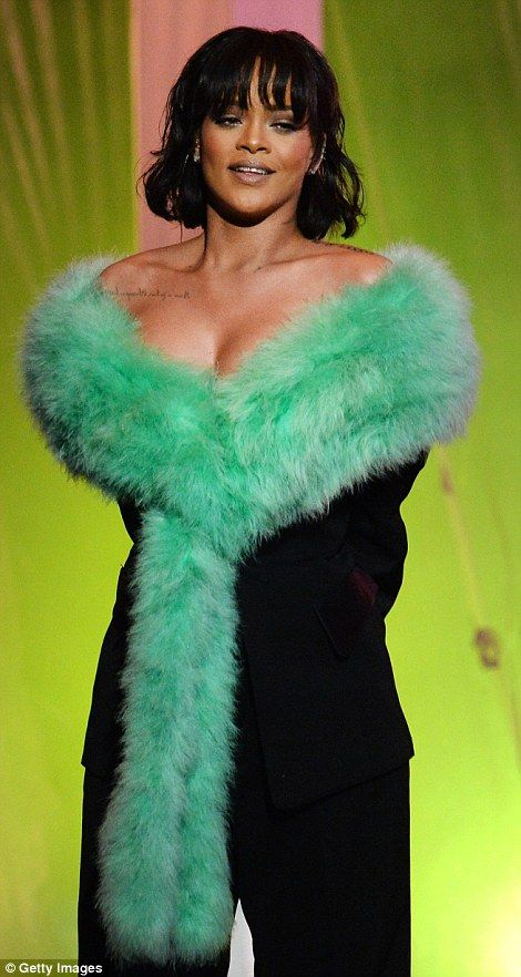 Rihanna puts on an eye-popping performance in green fur before taking home coveted fan-voted gong at 2016 Billboard Music Awards | Daily Mail Online