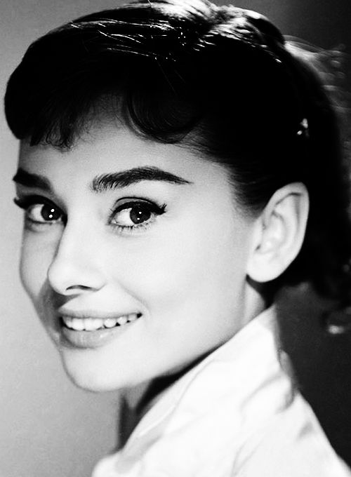 Audrey Hepburn ~ Timeless ~ Love her eyes and smile.