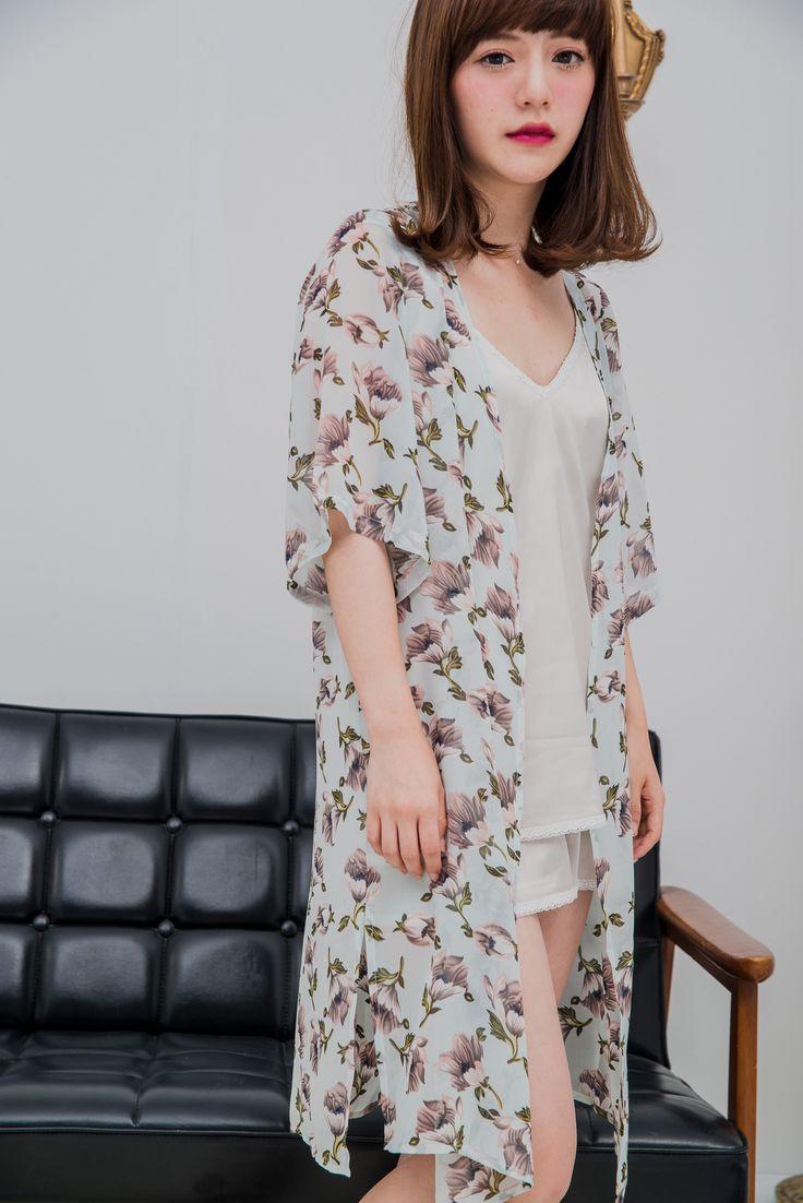 STARMIMI花朵雪紡開襟罩衫