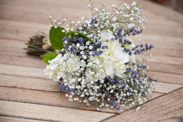 DAY 70 : Sortie fleurs. Ça sent la saison des mariages...  #BellesSoeurs #Préparation