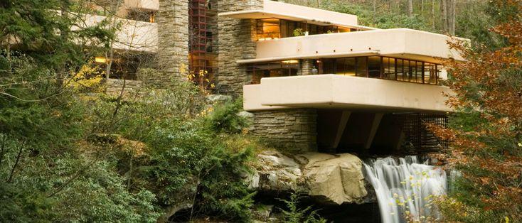 Mid-Century Modern Icons: Falling Water House by Frank Lloyd Wright |www.essentialhome.eu/blog | #midcentury #architecture #interiordesign #homedecor #scandinavianhome #scandinaviandesign #scandinavianinterior