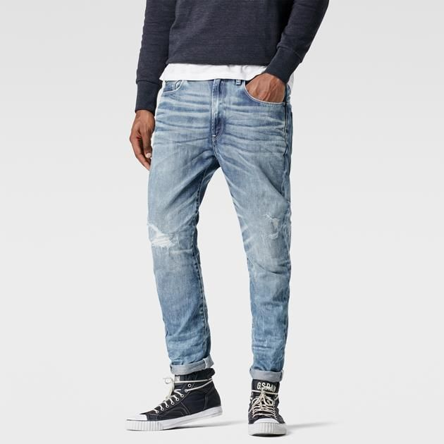 The latest cut in the 3D denim line. With a loose top block and elongated rear pockets, the Type C jean rethinks vintage details in a modern tapered fit.